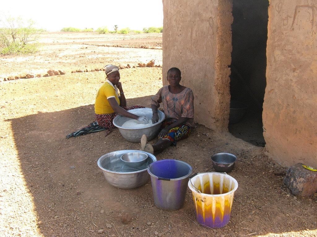 Une cantine scolaire à Loungo, village de Sabcé