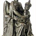 Sanctuaire Notre Dame de Buglose, statue de Notre Dame de Buglose