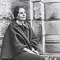<b>Hélène</b> <b>Cadou</b> (1922 – 2014) : « Le monde est mon beau voyage ... »
