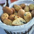 Madeleines aux olives