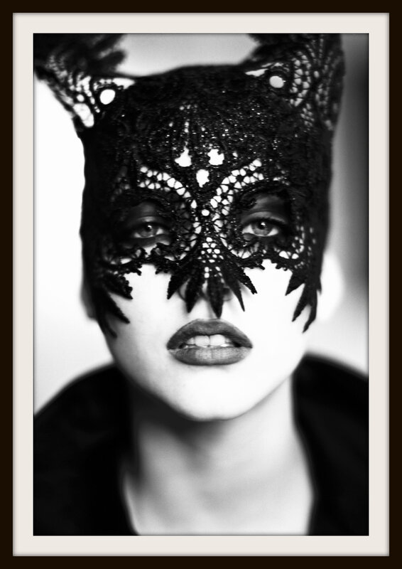 the_mask__nadja_auermann__vogue_uk__paris__1991__black___white_print_on_baryth_u00e9_paper__70_x_100cm_jpg_1721_north_660x_white