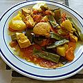 Marmite de <b>poulet</b> aux haricots verts plats et aux tomates