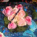 compo assiette en fleurs artificielles