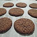 Super simples cookies au beurre de cacahuète et cacao