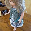 Un petit gilet pour poupée <b>Petitcollin</b>