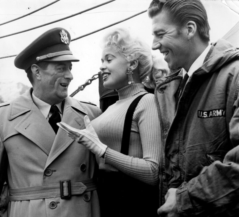 jayne-1957-12-USO_tour-korea-with_mickey-1