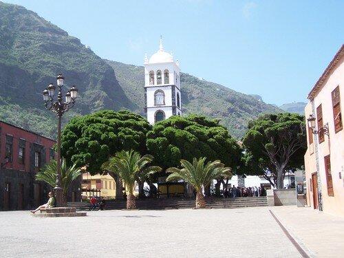 Garachico-place clocher Sta Ana