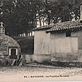 Bayonne la fontaine saint-léon carte postale ancienne