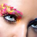 Le <b>Maquillage</b> a la UNE au Studio Lenoir