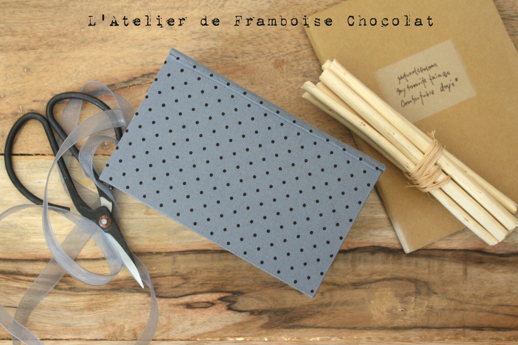 BOÎTE FLEURIE CARTONNAGE L'ATELIER DE FRAMBOISE CHOCOLAT