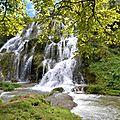 La cascade de baume-les-messieurs (jura)