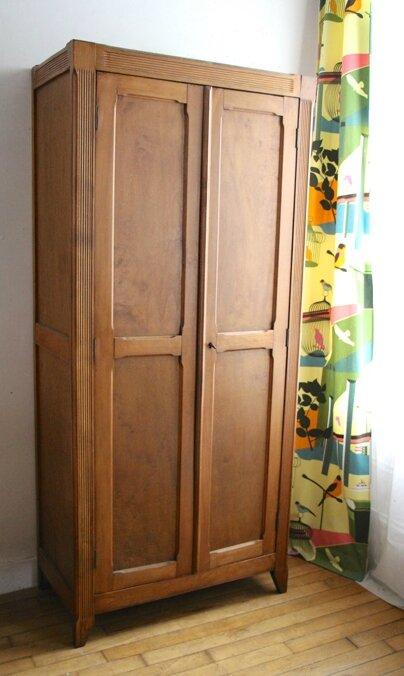 armoire-parisienne-seule