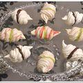 Baisers meringués chocolat et pistache