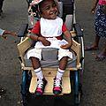 5-Le nouveau fauteuil dans la rue
