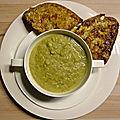 Soupe de brocoli à la bière, tartines au cheddar