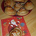 Briochettes aux <b>épices</b> de Noël