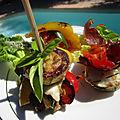 Recette plancha mille-feuilles de légumes aux fromages chèvre et mozzarella . vidéo