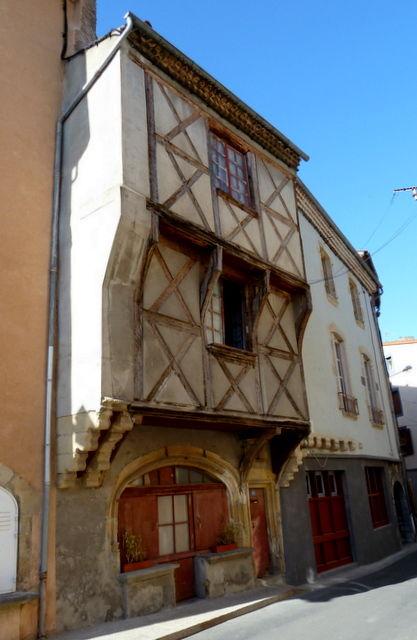 maison à colombages à Saint-Amant Tallende
