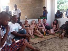 grand maître marabout kinnin, puissant medium voyant sérieux d'Afrique, grand prêtre vaudou à votre service tous les jours