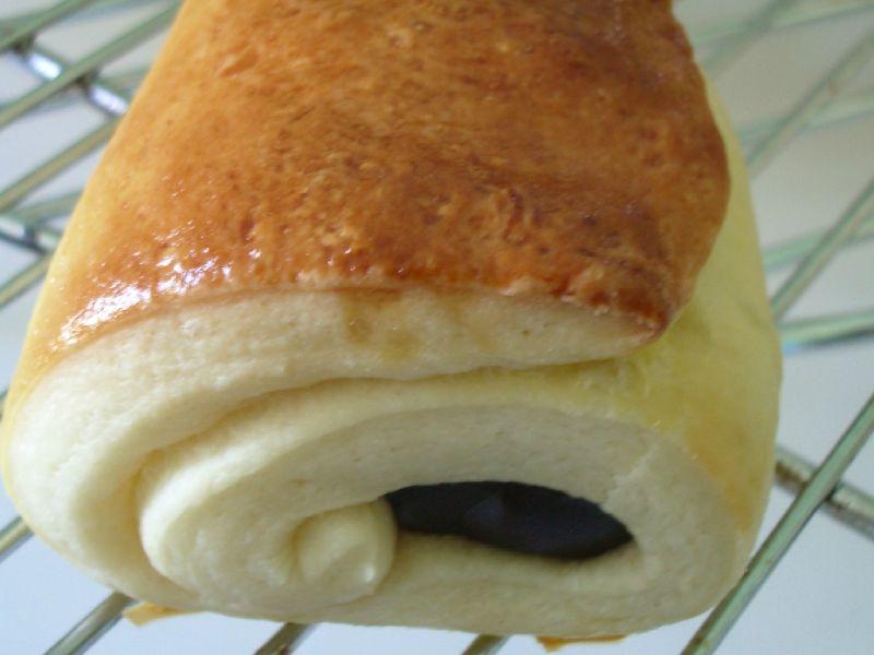 croissants, pains au chocolat et pains aux raisins et pépites de chocolat (27)