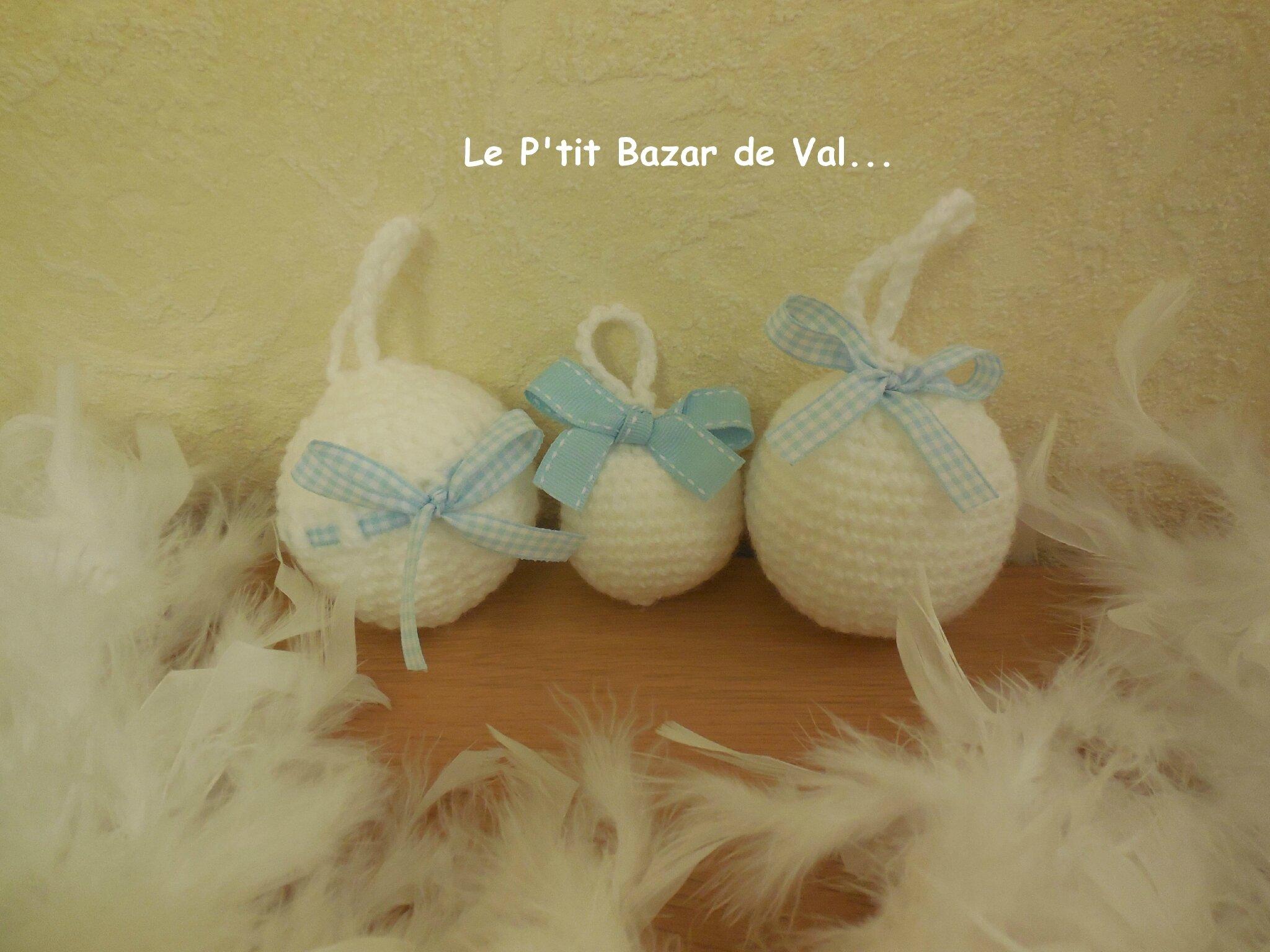 LES BOULES DE NOEL EN CROCHET : 1er Noël - Bleues et Blanches + Tuto