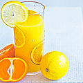 Smoothie orange <b>mangue</b> banane