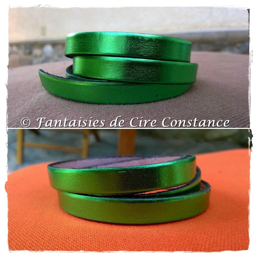 cuir vert brillant