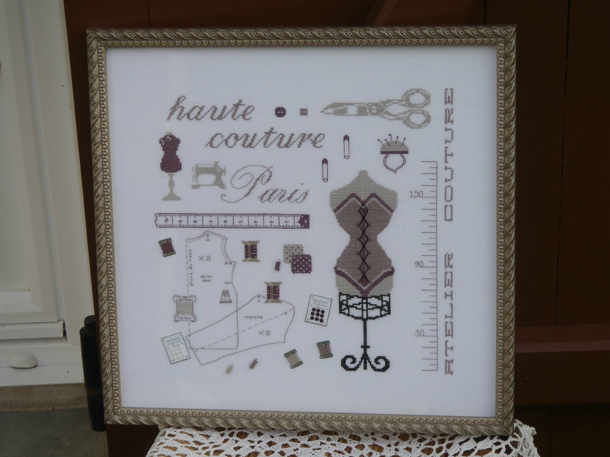 Broderie HAUTE COUTURE 009