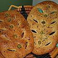 Fougasse nafeh (graines d'anis) et zaatar (thym séché)