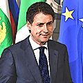 <b>Giuseppe</b> <b>Conte</b>, virtuose de la politique italienne