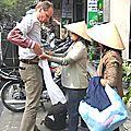 Les vendeuses sévissent aussi dans la rue
