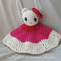 Doudous au <b>crochet</b> (+ tuto doudou Hello Kitty!)