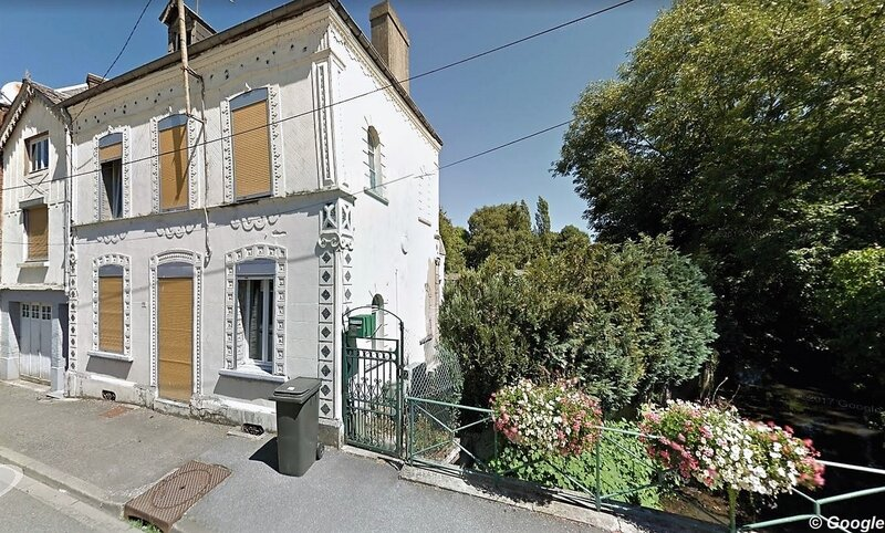 WIGNEHIES-32 Rue Camille Desmoulin