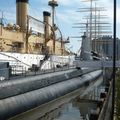 (USS Olympia et SS Becuna) Delaware River