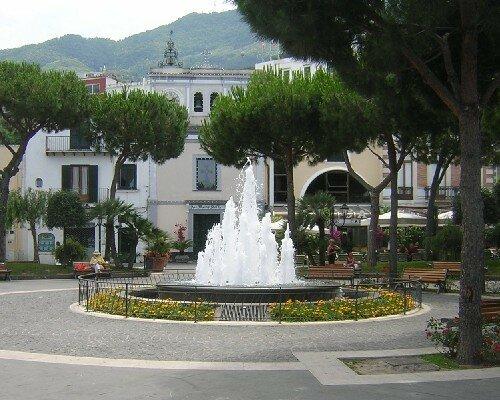 ISCHIA Une belle fontaine