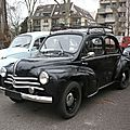 RENAULT 4CV calandre à 3 moustaches Strasbourg - Rétrorencard (1)