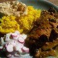 Curry de poulet aubergine-coco, riz au citron, raïta de radis...