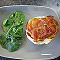 Tiramisu salé : tomates-parmesan, chips de coppa