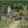 Fouillouse, le cimetière , l'église et ses abords immédiats