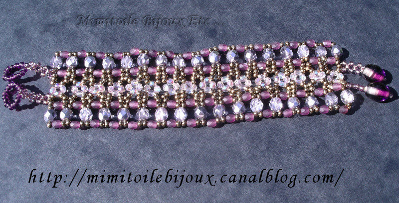Bracelet manchette violet