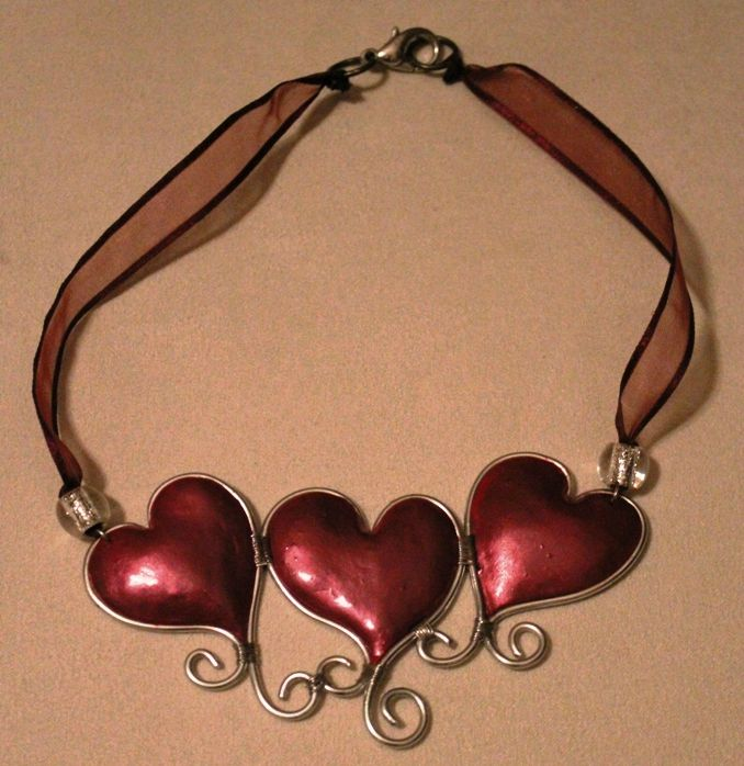 collier (27-1)