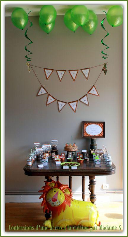 sweet table th me jungle safari confessions d 39 une accro la cuisine et aussi au shopping. Black Bedroom Furniture Sets. Home Design Ideas