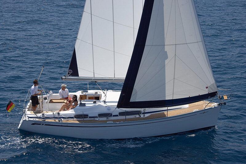 yacht_charter_croatia_bavaria_39_cruiser_2007_id11205-3