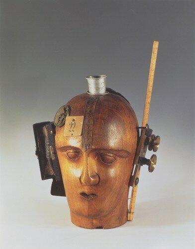 Raoul Hausmann, L'esprit de notre temps (Tête mécanique), 1919