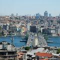 SUR LES TOITS D'UN <b>CARAVANSERAIL</b> A ISTANBUL
