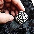 perle geometrique carree 2