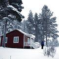cabanes de pêcheur sour la neige