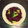Linguini violets au brocoli et vin rouge