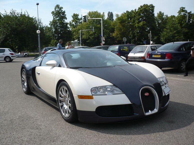 BUGATTI Veyron 16.4 Strasbourg - PMC (1)