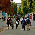 Exposition Vogue sur les Champs Elysées.